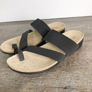 Munro Aries Extralight sandals Sz10 Narrow black